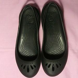 Black Crocs shoes. Hardly worn